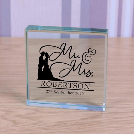 Glass Token - Mr & Mrs